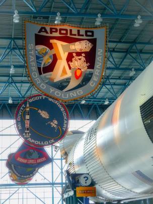 Saturn Rakete und Apollo Programme-1200x900
