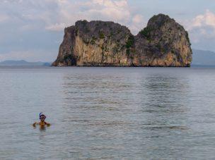 Thailand Koh Ngai Koh Hai Insel Andamanensee Inselparadies Strand Meer Mayalay Beach Resort Meerblick Kalksteinfelsen Koh Ma Schnorcheln