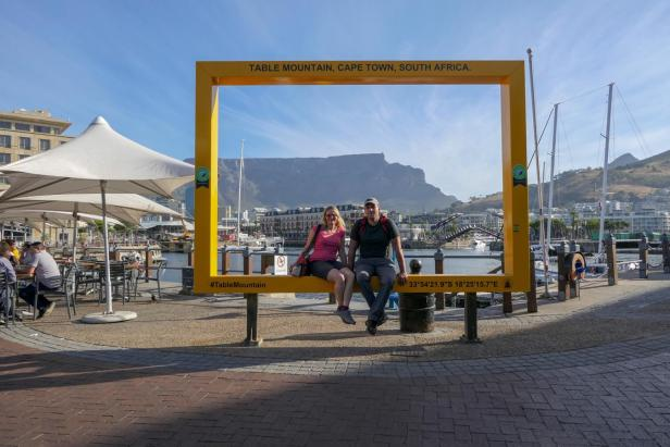 Südafrika Kapstadt Cape Town Victoria and Alfred V&A Waterfront Hafen Bilderrahmen Rahmen Tafelberg Table Mountain