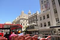 Südafrika Kapstadt Cape Town City Sightseeing Hop on Hop Off Bus Doppeldeckerbus Bustour Innenstadt Long Street