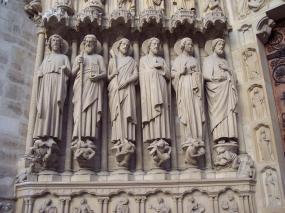 Frankreich Paris Notre Dame de Paris Kathedrale Gotik Fassade Portal Skulpturen