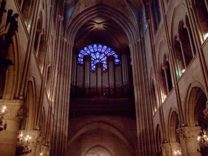 Frankreich Paris Notre Dame de Paris Kathedrale Gotik Kirchenschiff Orgel Fensterrose Kirchenfenster Rosette