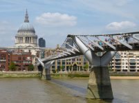Großbrittanien England London Themse Southbank Millenium Bridge St Pauls Cathedral