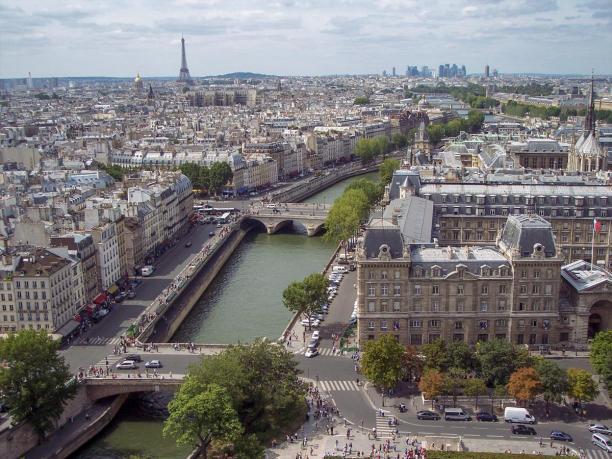 Frankreich Paris Notre Dane de Paris Kathedrale Glockenturm Turm Turmbesteigung Galerie Ausblick Seine Eiffelturm