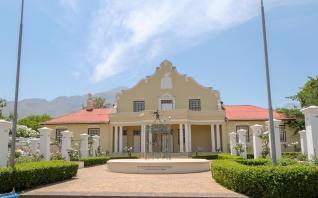 Südafrika South Africa Weinregion Winelands Franschhoek Rathaus