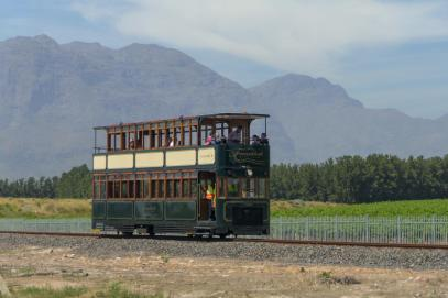 Südafrika South Africa Weinregion Winelands Franschhoek Weinfelder Tram Weintour