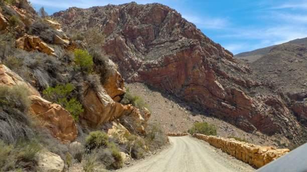 Südafrika South Africa Kleine Karoo Oudtshoorn Swartberge Swartberg Pass Berge gefaltetes Gestein
