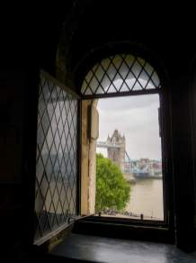 Großbritannien England UK London Tower of London Burg Tower Bridge Fensterblick
