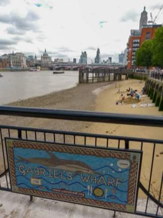 Großbritannien England UK London Southbank Südliches Ufer Themse Gabriels Wharf Strand