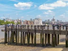 Großbritannien England UK London Southbank Südliches Ufer Themse Kai