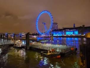 Großbritannien England UK London London Eye Riesenrad Themse Nachtaufnahme nachts blau Ufer