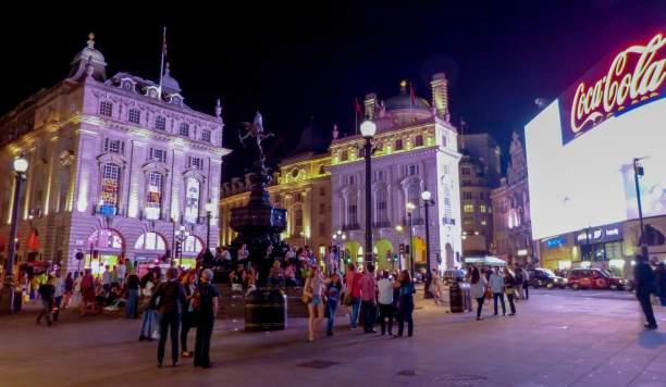 Großbritannien UK England London West End Piccadilly Circus Eros BrunnenNacht