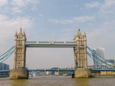 Großbritannien England UK London Themse Bootsfahrt River Thames Cruise Boot Tower Bridge
