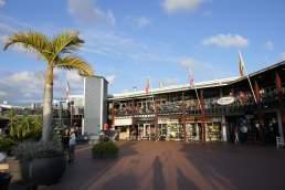 Afrika Südafrika South Africa Garden Route Knysna Waterfront Yachthafen Lokale