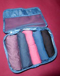 Travel Hack Koffer packen Packwürfel rollen T-Shirts