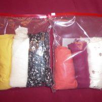 Travel Hack Koffer packen rollen Shirts Blusen Gefirerbeutel Zipbeutel