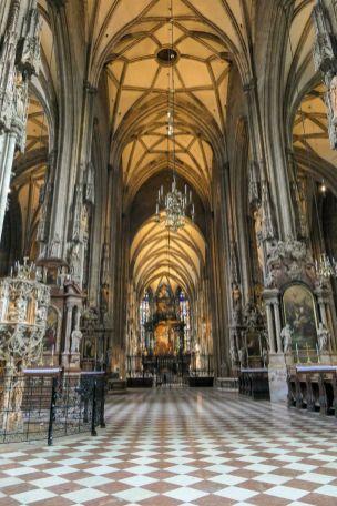 Wien Vienna Österreich Stephansdom Kirche Gewölbe