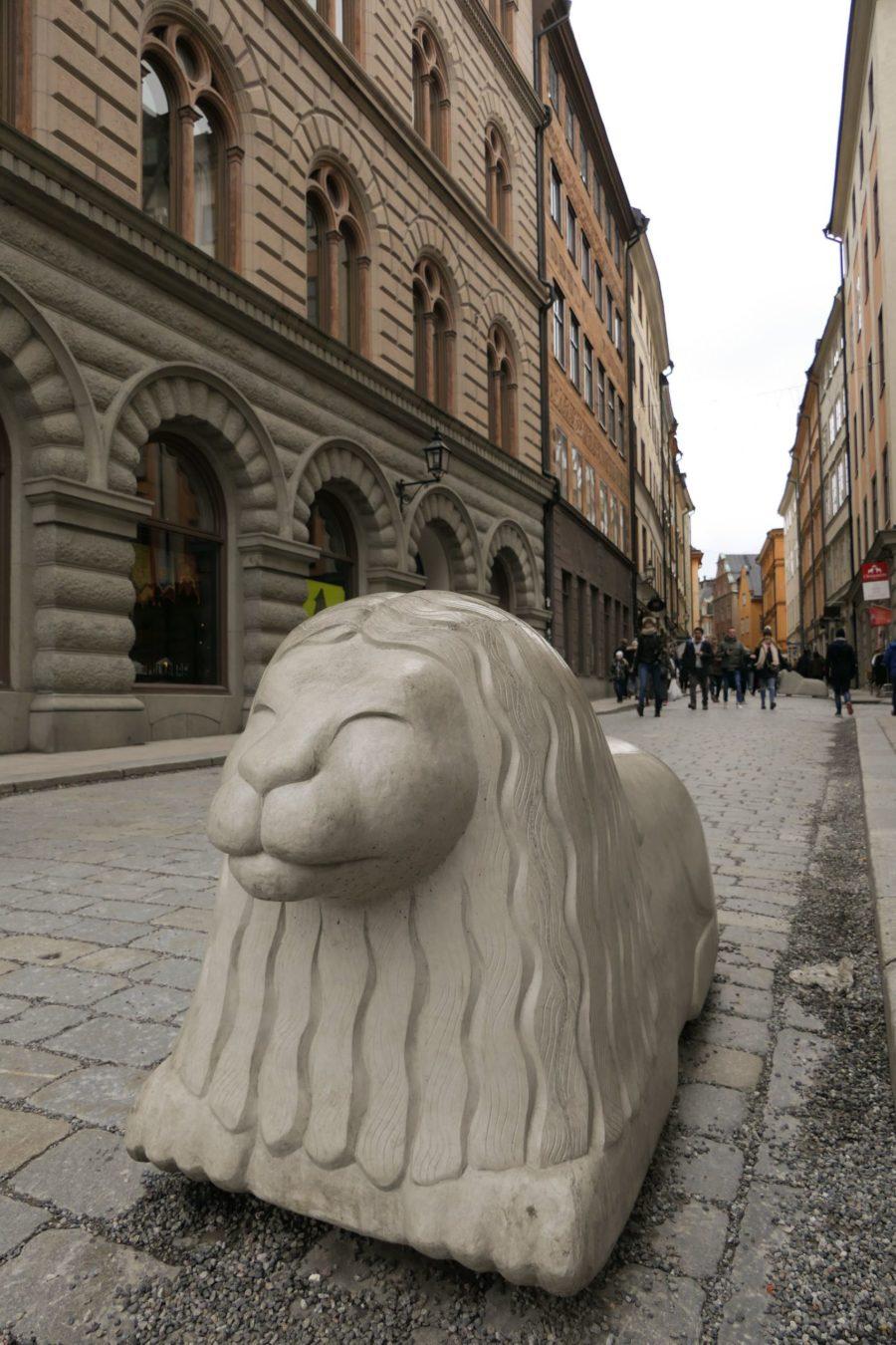 Stockholm Schweden Gamla Stan Stadsholmen Altstadt Gasse Löwe