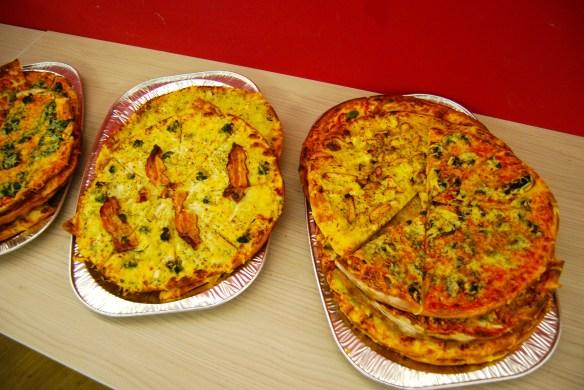 Beim Tweetcamp gab es kalte Pizza, wie es sich gehört.