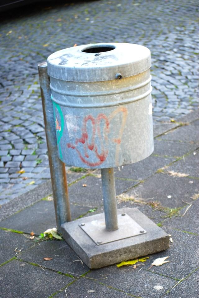 Aktionismus für die Mülltonne