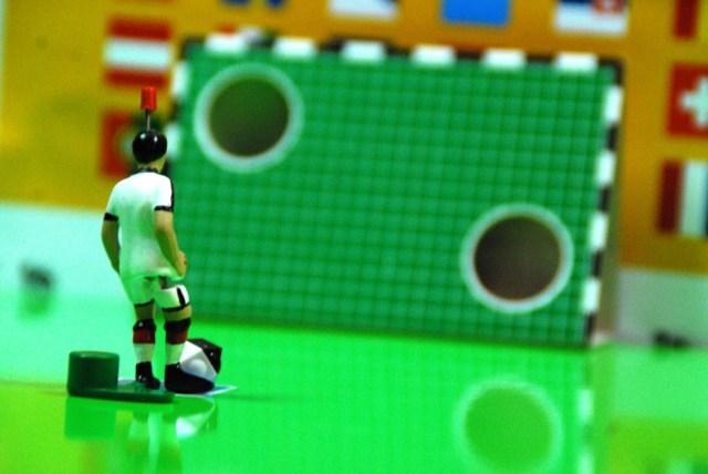 Die Angst des Tippkick-Spielers vor der Torwand