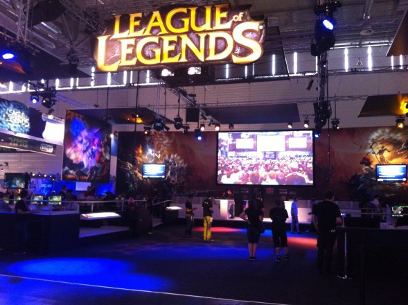 League-of-Legends-Stand auf GamesCom 2012.