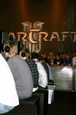 Games Convention 2008: StarCraft 2 wird gedaddelt