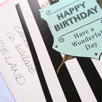 Geburtstagspost voller Nichtenliebe auf den Weg bringen. Ob der Brief wohl pünktlich zum 80sten bei meiner Lieblings- und Patentante ankommt?