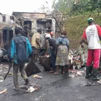 Congo : Un camion de distribution prend feu en pleine circulation au village Les Saras