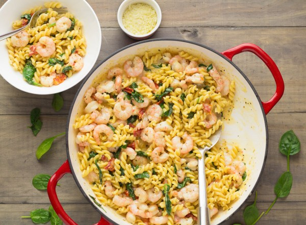 Fusilli Pasta With Prawns & Tomato Basil Cream Sauce