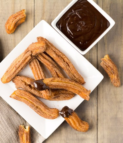 Cinnamon Churros With Chocolate Sauce