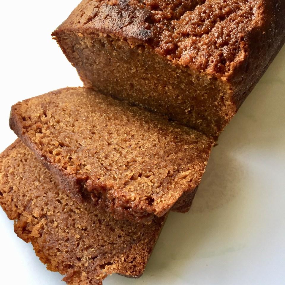 un cake aux carambars moelleux et gourmand