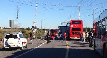 5 Killed In Train-Bus Collision In Canada
