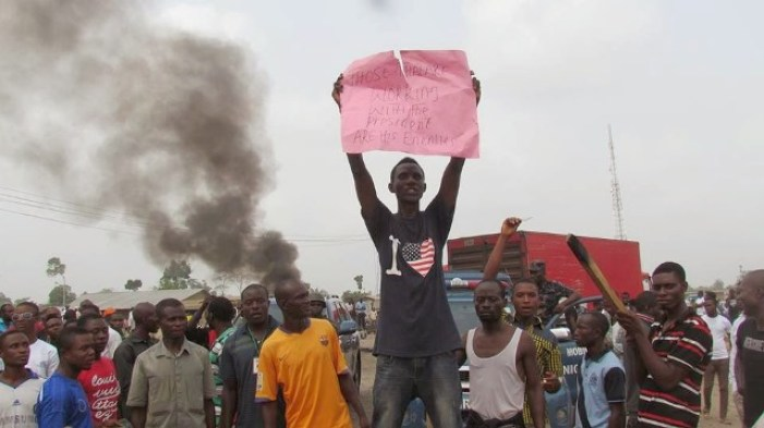 Ex-Militants Protest