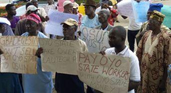 Parents Protest Continued Closure Of LAUTECH