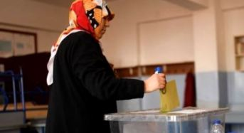 Turks Vote In A Referendum For Constitutional Change