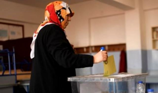 Turks Vote In A Referendum That Could Grant President Sweeping Powersa