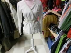 Flash, Vit omlott tröja,L, 45 kr