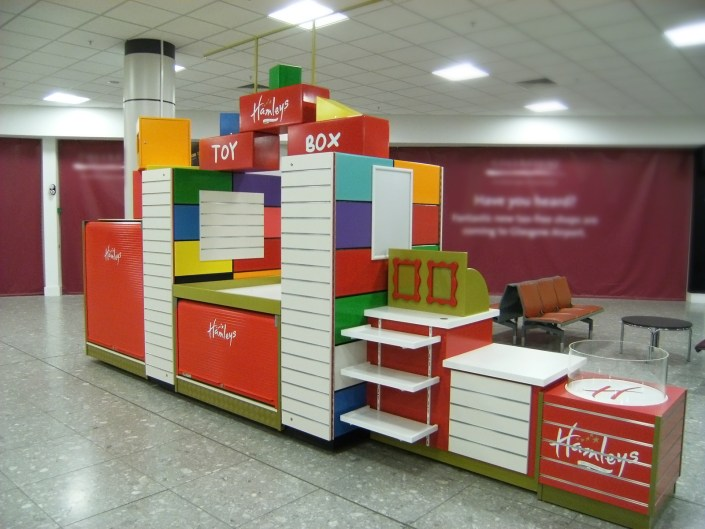 Creative carpentry & 3D design, joinery, pop-up shop, temporary store design,