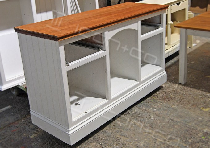 display furniture, carpentry, joinery, shop fitters, display