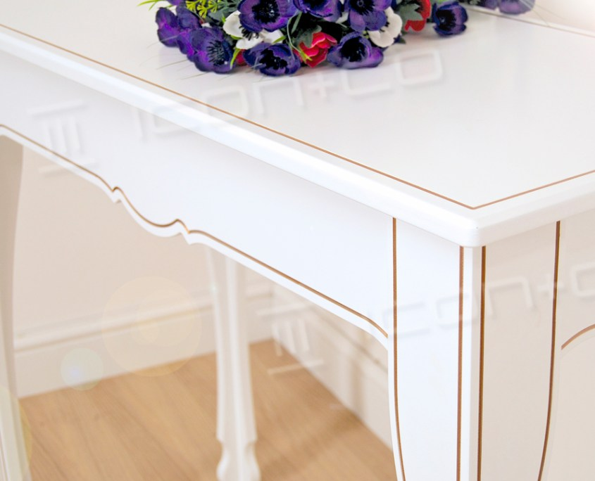 console decorative feature table living room hallway shop in-store retail display tables