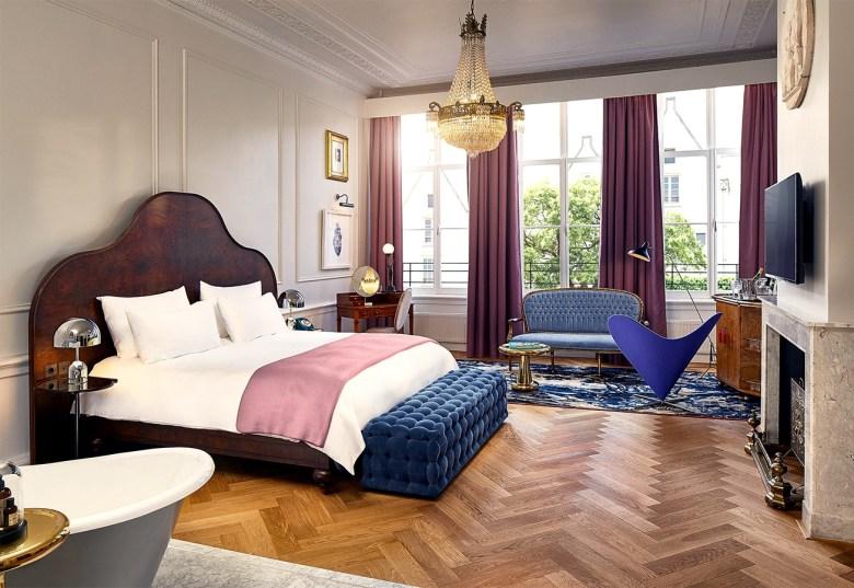 Pulitzer bedroom suite