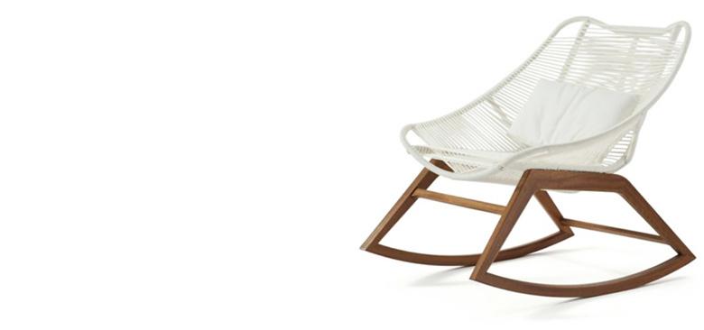 white wishbone armchair by ROCHE BOBOIS
