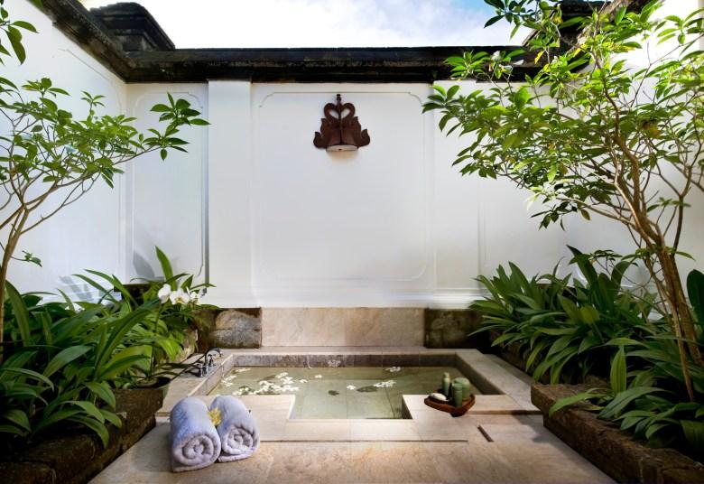 Amandari Ubud, Bali Hotel bath
