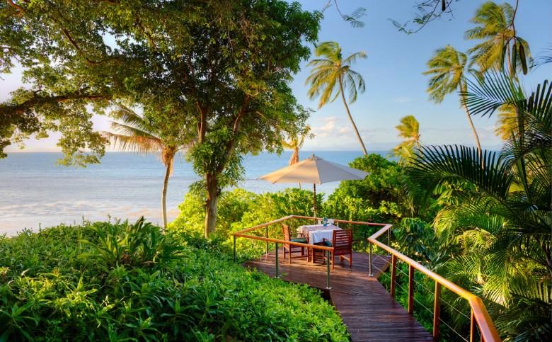 Royal Davui - Romantic Dinner On Sand Cay