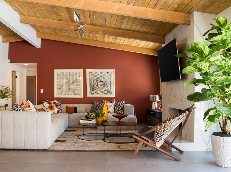 Mid-Century Modern Home Palms Springs CA - Family Room