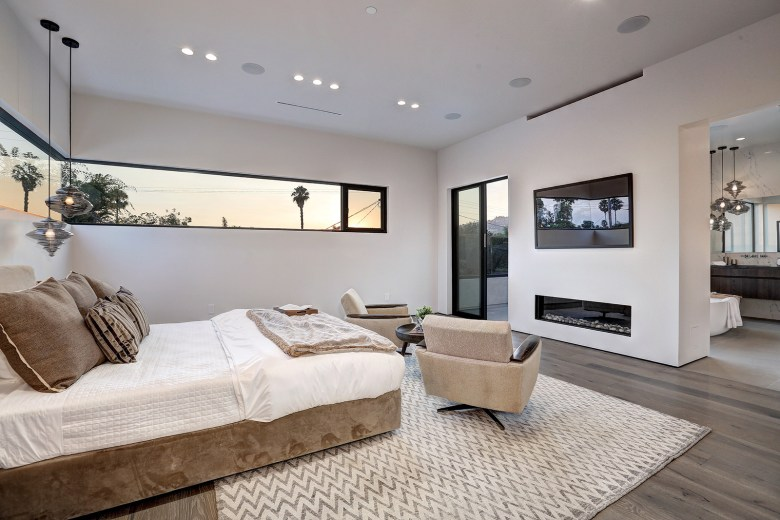 LA Build Corp - Modern Home in Beverly Grove