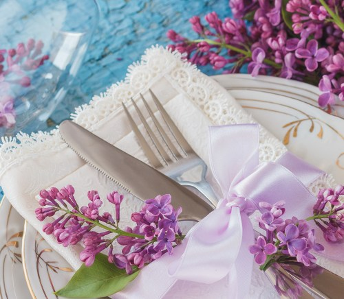 Top Spring Tablescape Inspirations
