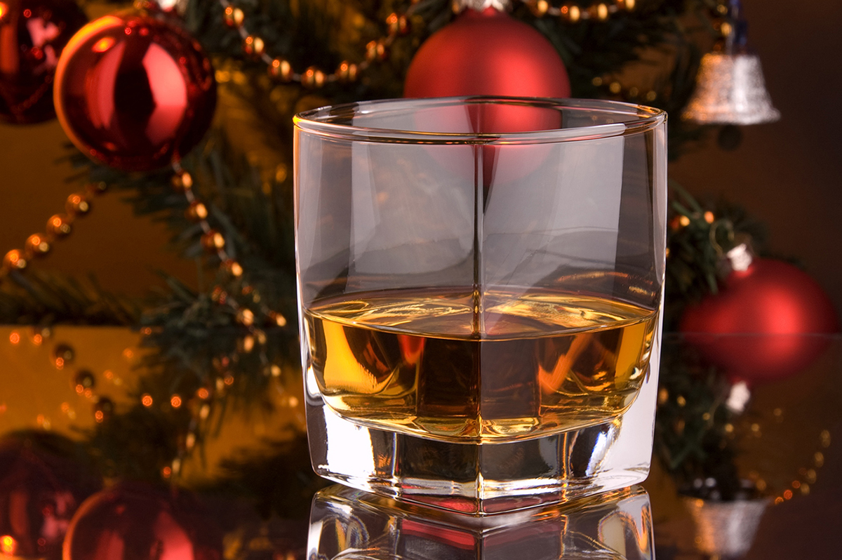 Holiday spirits drink gift ideas