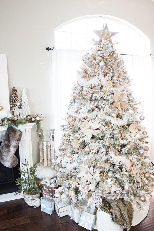 Winter wonderland themed elegant Christmas tree